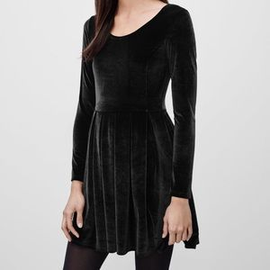 Aritzia velvet dress